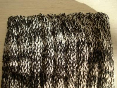 絹のレッグウォーマー